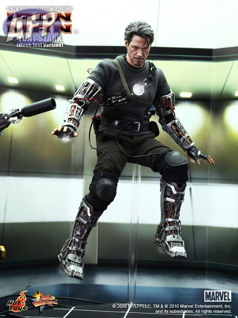 Hot Toys Mech test Tony Stark.   NEW!!!! IronMan-TonyStarkMechTestVersion-3