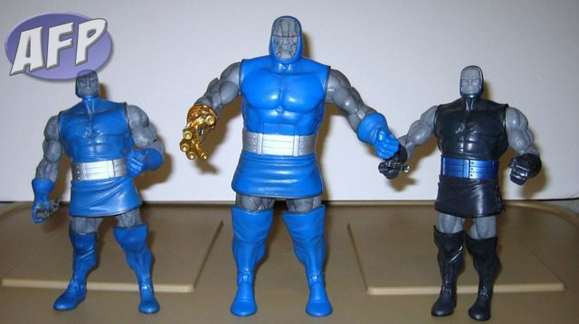 DC Universe Classics!! DC+Universe+Wave+12+-+Darkseid+with+DCSH+Darkseid+and+variant+_1024x574_