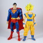 SH Figurarts - Goku with DC Universe Classics Superman 1 (1200x1200).jpg