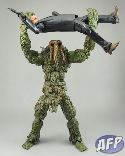 ML Man-Thing 028