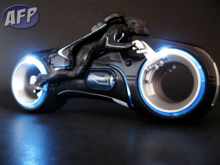 lightcycle11.jpg
