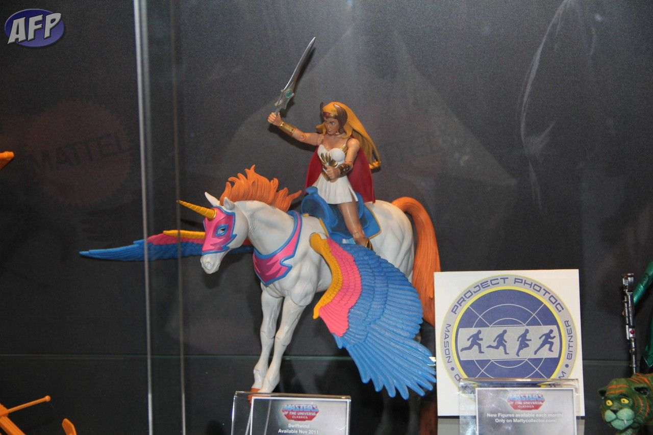 COMIC-CON 2011, TOYS, FIGURAS Club_20Eternia_20_1__20_1280x853_
