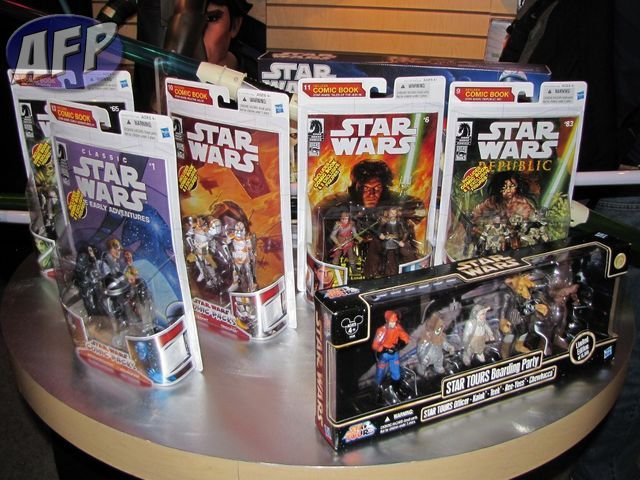 Star Wars - Comic Book  packs and Star Tours set (1024x768).jpg