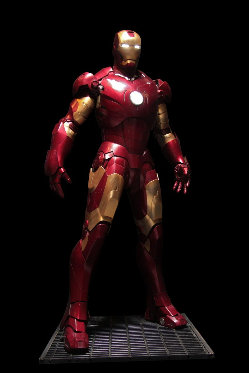 Iron Man Armors and Avatar AMP Suit To Be Displayed at San ...