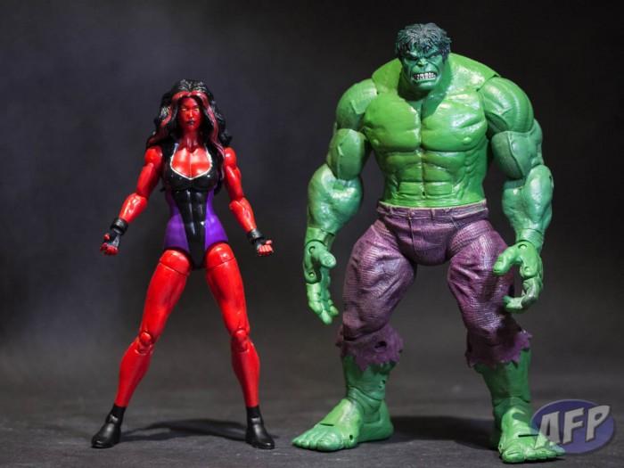 Marvel Legends 2013 - Red She-Hulk (6 of 6)