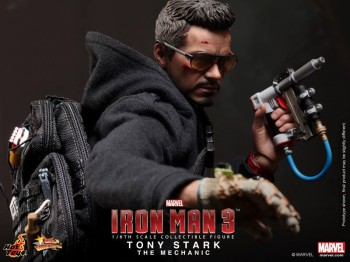 Iron Man 3 Tony Stark (The Mechanic) Collectible Figurine 1