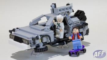 Lego Back to the Future DeLorean Time Machine (10 of 14)
