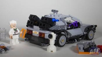Lego Back to the Future DeLorean Time Machine (8 of 14)