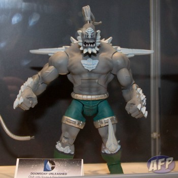 DC Universe Classics Club Eternia Doomsday Unleashed