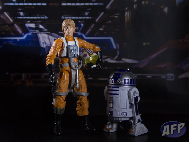 Star Wars Black Series Luke Skywalker and R2-D2