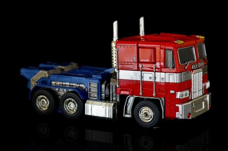 Transformers Optimus Prime 3