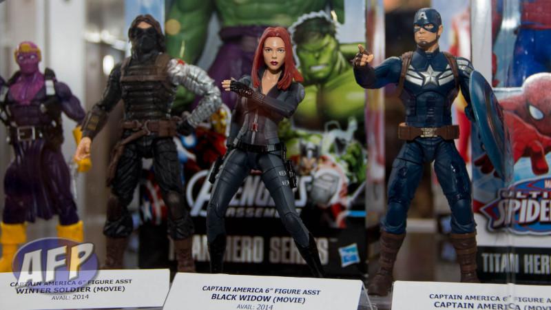 SDCC 2013 - Marvel Legends - Captain America Legends