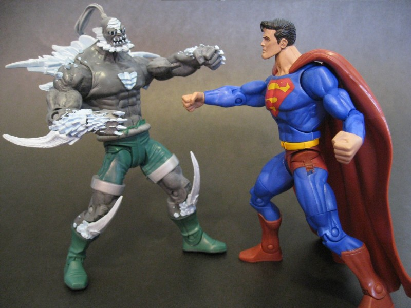 Supes Doomsday - credit Action Toy Review