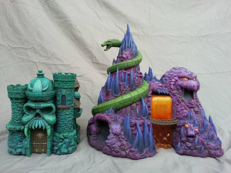 Icon Heroes Masters of the Universe Snake Mountain 01
