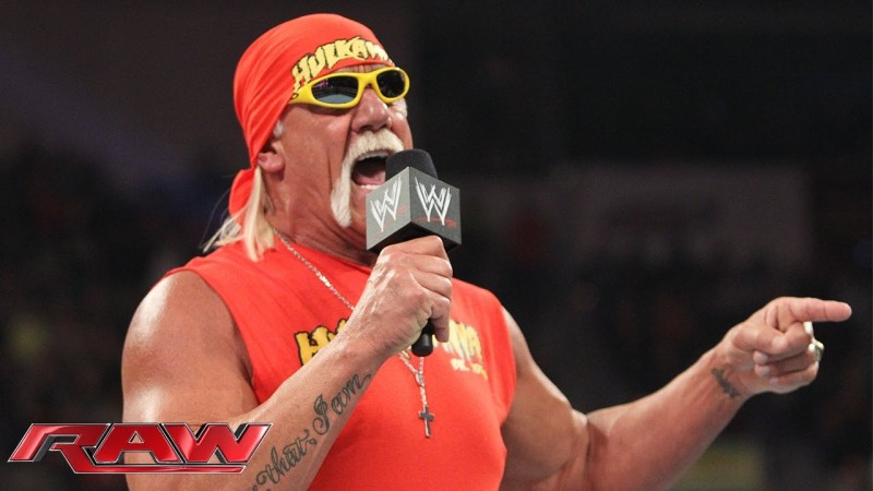 Hulk Hogan Returns to Monday Night Raw