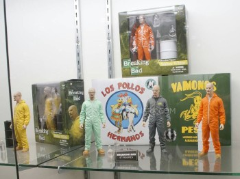 Mezco Breaking Bad 3 - ToyArk.com