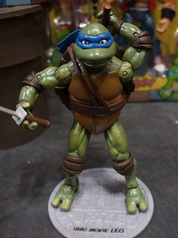 Toy fair 2014 playmates adds 1990 movie turtles to tmnt classics line