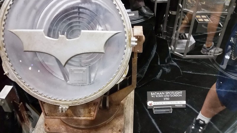 SDCC 2014 Hot Toys Dark Knight Bat Signal