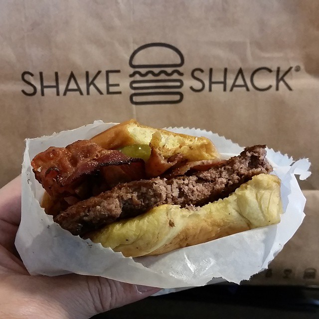 Nothing like Shake Shack to wrap up NYCC! :-D