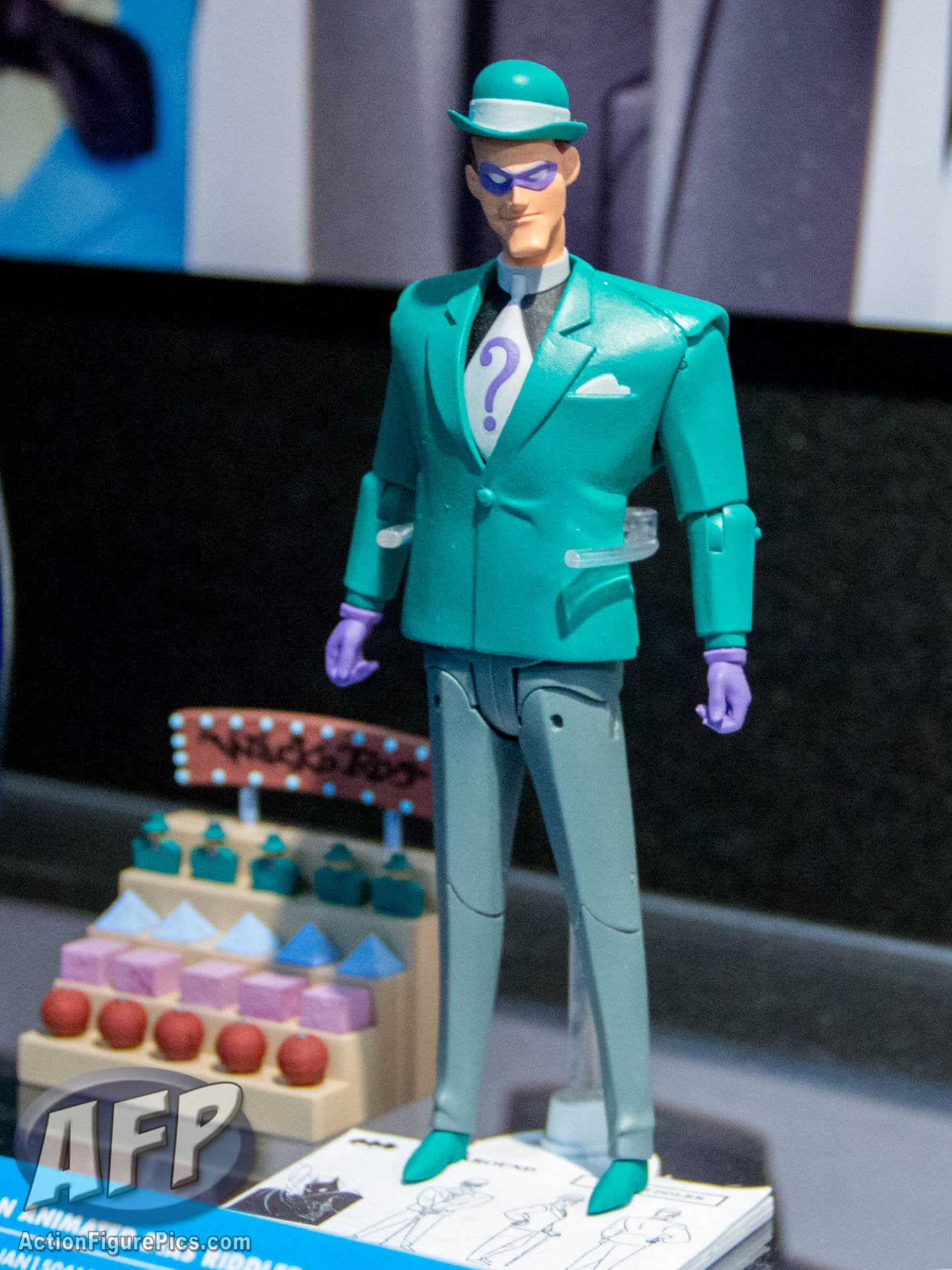 Toy Fair 2015 Dc Collectibles Batman The Animated Series