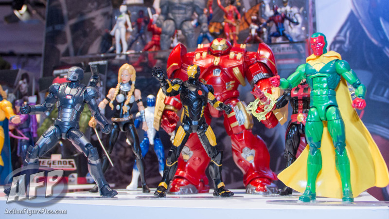 Toy Fair 2015 Hasbro Marvel Legends Hulkbuster Iron Man (1 of 22)