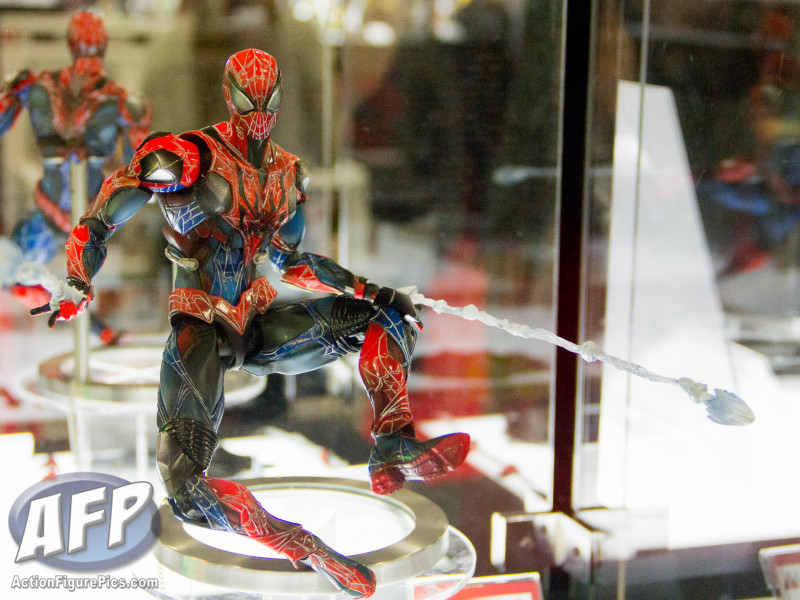 Toy Fair 2015 Square Enix Play Arts Kai Marvel Variants (1 of 7)