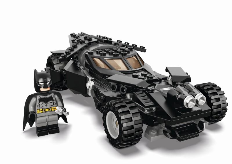 SDCC 2015 LEGO Batmobile_Still_FINAL