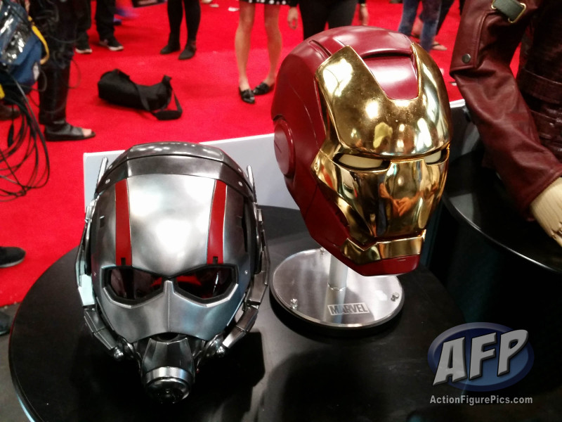 NYCC 2015 - EFX Collectibles Marvel Cinematic Universe Replicas (1 of 8)